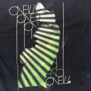 O Neill Black Graphic with girl T Shirt Sz L
